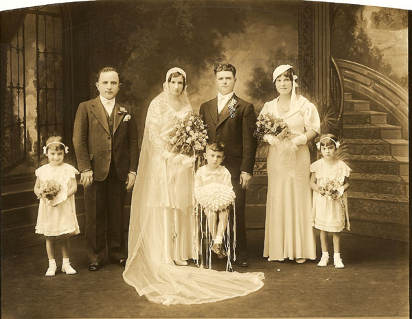 Maid of Honor Marie Ierovante/Camodeca/Common, others unknown