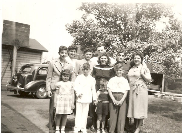 (front)Kathi, Francy, Dicky, Micky, (middle) Markie, Frankie, Betty, Jim and Marie Common, (rear) Anita and Russell Wiles