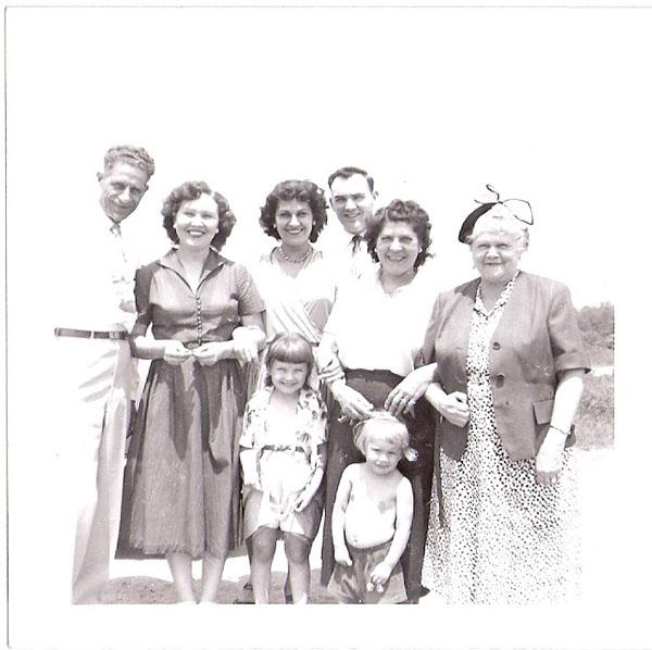 Nic Common, Mrs. Bruner, Anita and Russell Wiles, Marie Common, Gurtie Lorden, Mrs. Bruner's kids